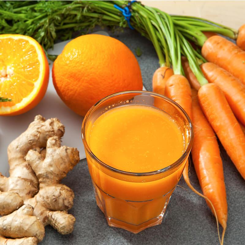 Appelsin & gulerods med ingefær smoothie opskrift